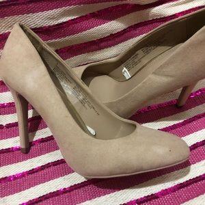 Cream heel. Worn once. Great condition